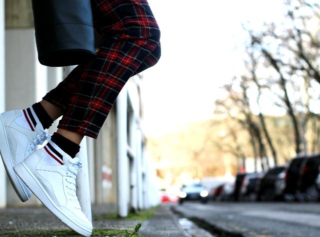 Cuadros y zapatillas