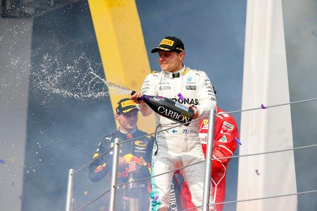 El piloto de la Fórmula 1 Valtteri Bottas y Epson proponen elevar estándares educativos con tecnología