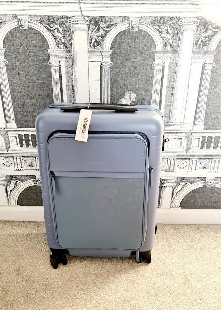 Horizn Studios M5 Smart Cabin Case | Review sarahdeluxe.com