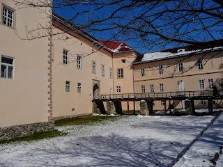 Ужгород. Замок. Музейні експозиції
