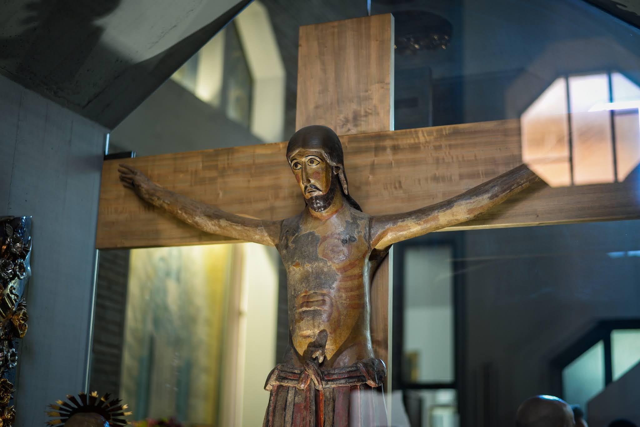 Chrystus drewniany Firenzuola Dom z Kamienia blog