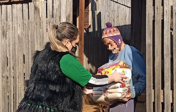 Empresário faz doação de mais de 100 cestas básicas para famílias carentes de Cachoeirinha