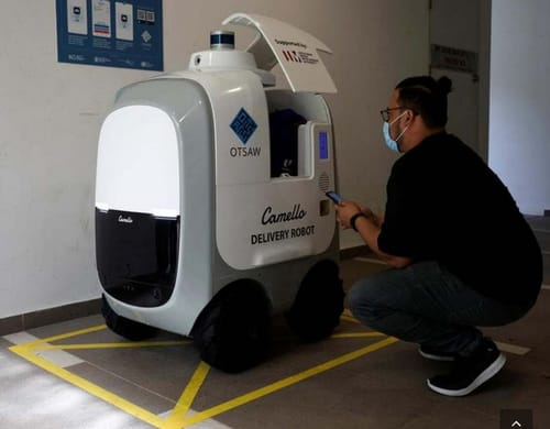 Camello robot delivers orders to homes in Singapore