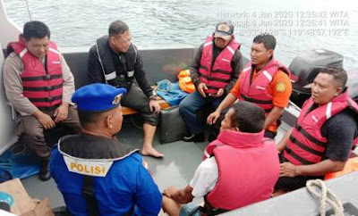 KM Aditya Tenggelam Kena Badai di Perairan Labuan Bajo, Penumpang Selamat