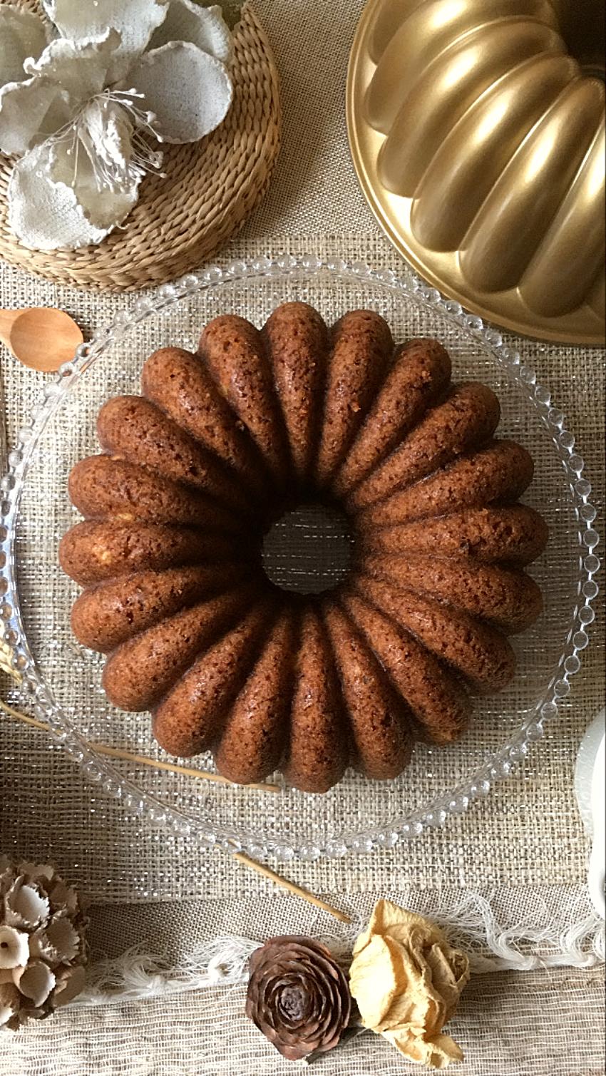 bundt-cake-de-platano-piña-nueces
