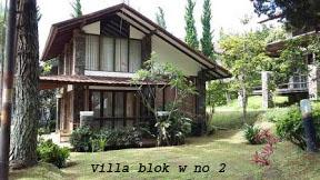 Villa Istana Bunga di Lembang Bandung Barat