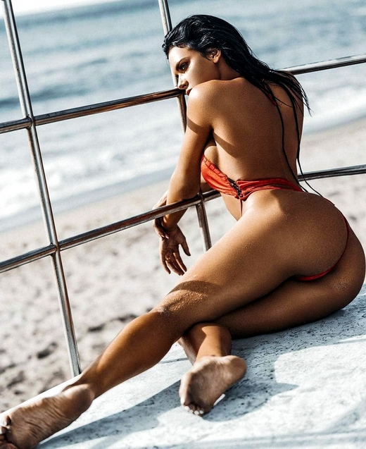 Galleries in High Quality G String Bikini