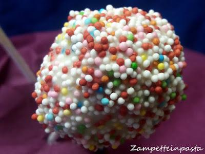 Cake pops con panettone e ricotta-Come utilizzare il panettone avanzato