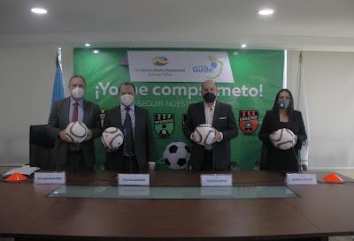 Fundación Azteca promueve los valores entre los jóvenes que practican futbol