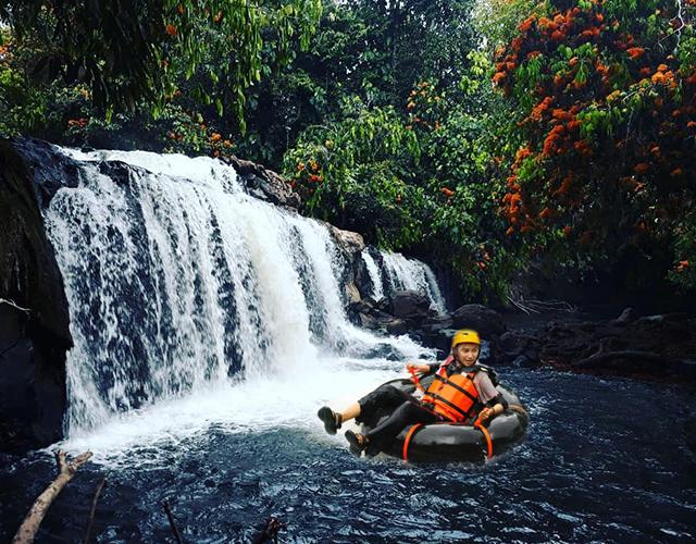 River Tubing Riam Jugan