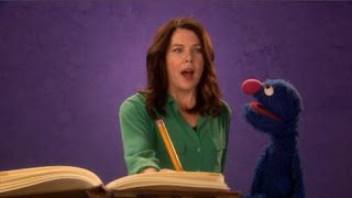celebrity, Lauren Graham, Grover, the Word on the Street, author, Sesame Street Episode 4408 Mi Amiguita Rosita season 44
