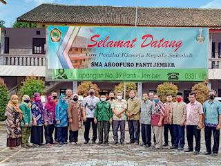 Penilaian Kinerja Kepala Sekolah ( PKKS ) SMA Argopuro Panti Jember Berjalan Lancar