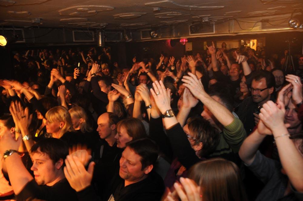 Volles Haus im Tonart: MoRain rocken Ostern 2012