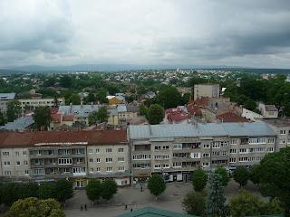 Дрогобыч. Вид на западные окраины, улицу Жупну, на руины солеварни, церковь св. Владимира и Ольги