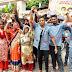 नमामि गंगे कर्मचारियों ने किया कलेक्ट्रेट गेट पर प्रदर्शन