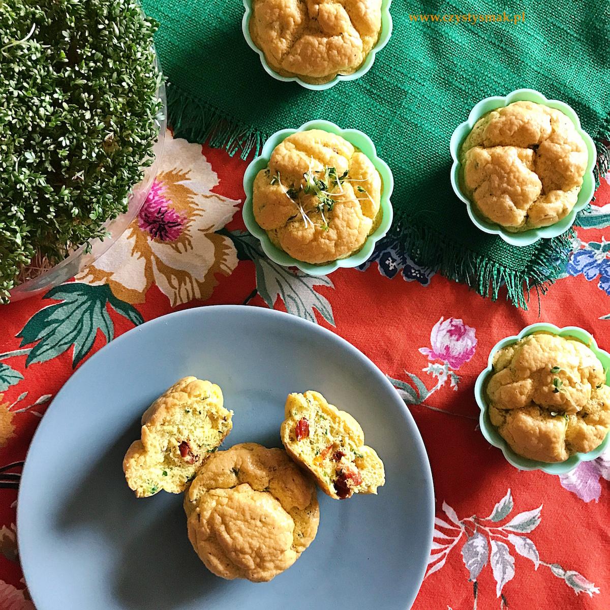 Wielkanocne babeczki z rzeżuchą
