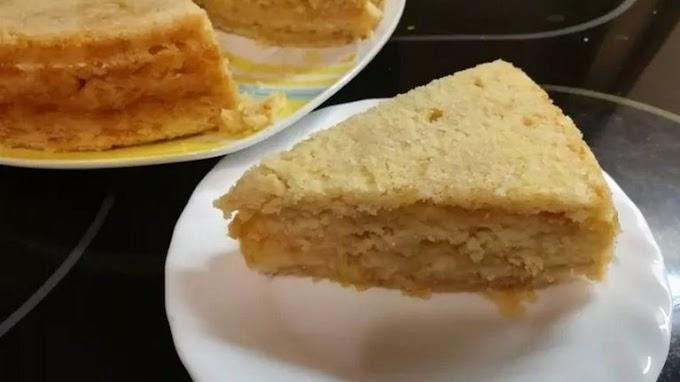 Яблучний пиріг з сухого тіста. Дуже просто і так смачно!