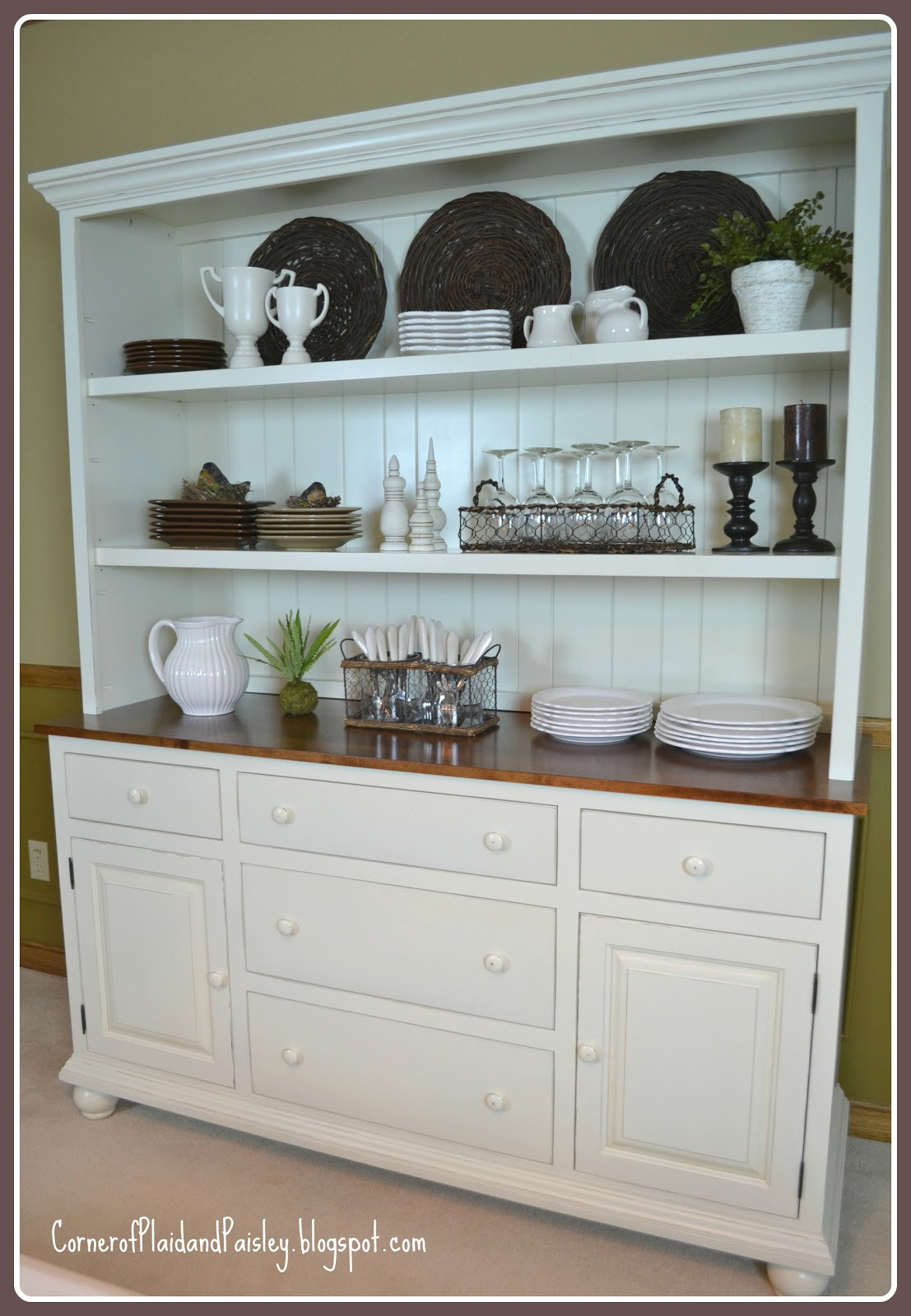 hutch dining room | Corner of Plaid and Paisley: Better Than a New Car - New ...