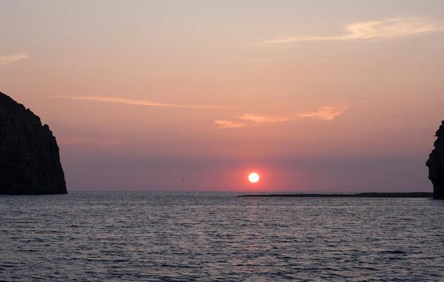 Punta e Faraglioni di Mezzogiorno - Palmarola @Valeriaderiso