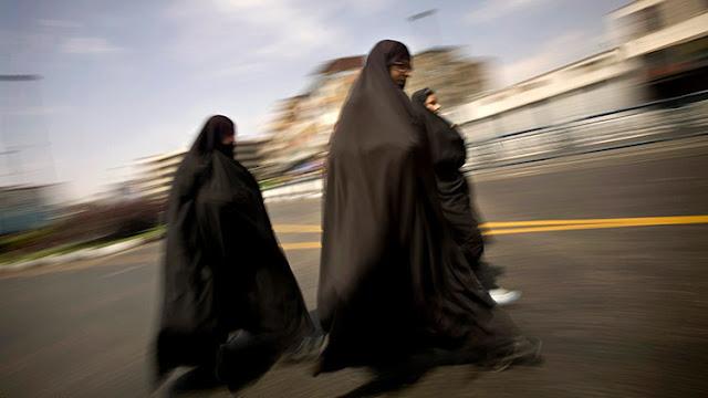 ¿Boda o pena de muerte? Un violador se salva de ser ejecutado tras aceptar casarse con su víctima