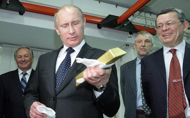 Путин разрешил оставлять на Западе доходы от вывоза золота, металлов и зерна