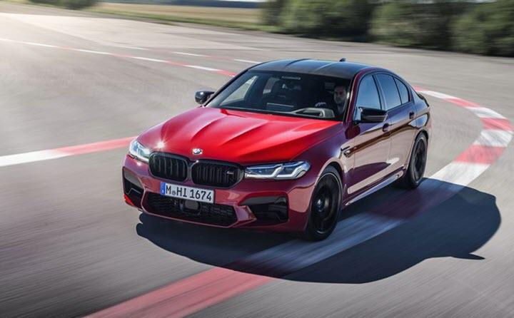 BMW M5 2021 - sedan mạnh không kém siêu xe