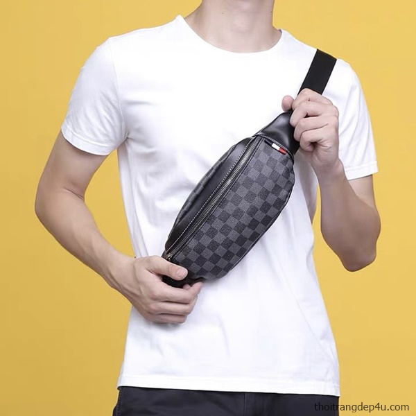 Túi đeo chéo trước ngực caro thời trang cao cấp BAM062