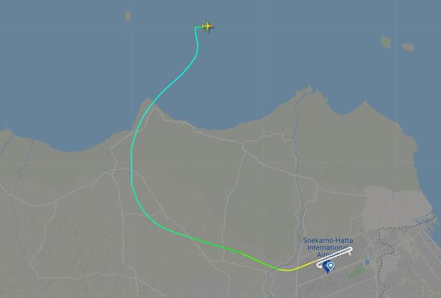 FlightRadar24 Ungkap Ketinggian 10,000 Kaki Titik Hilang Kontak Sriwijaya Air SJ182.lelemuku.com.jpg