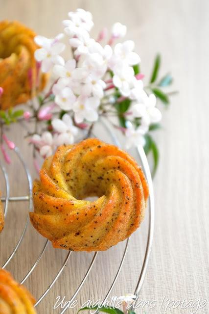 Mini-bundt au citron et graines de pavot (anti-gaspi)