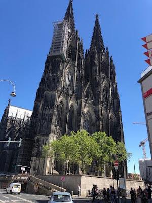 Blick auf den Kölner Dom, das erste Ziel unserer Route.