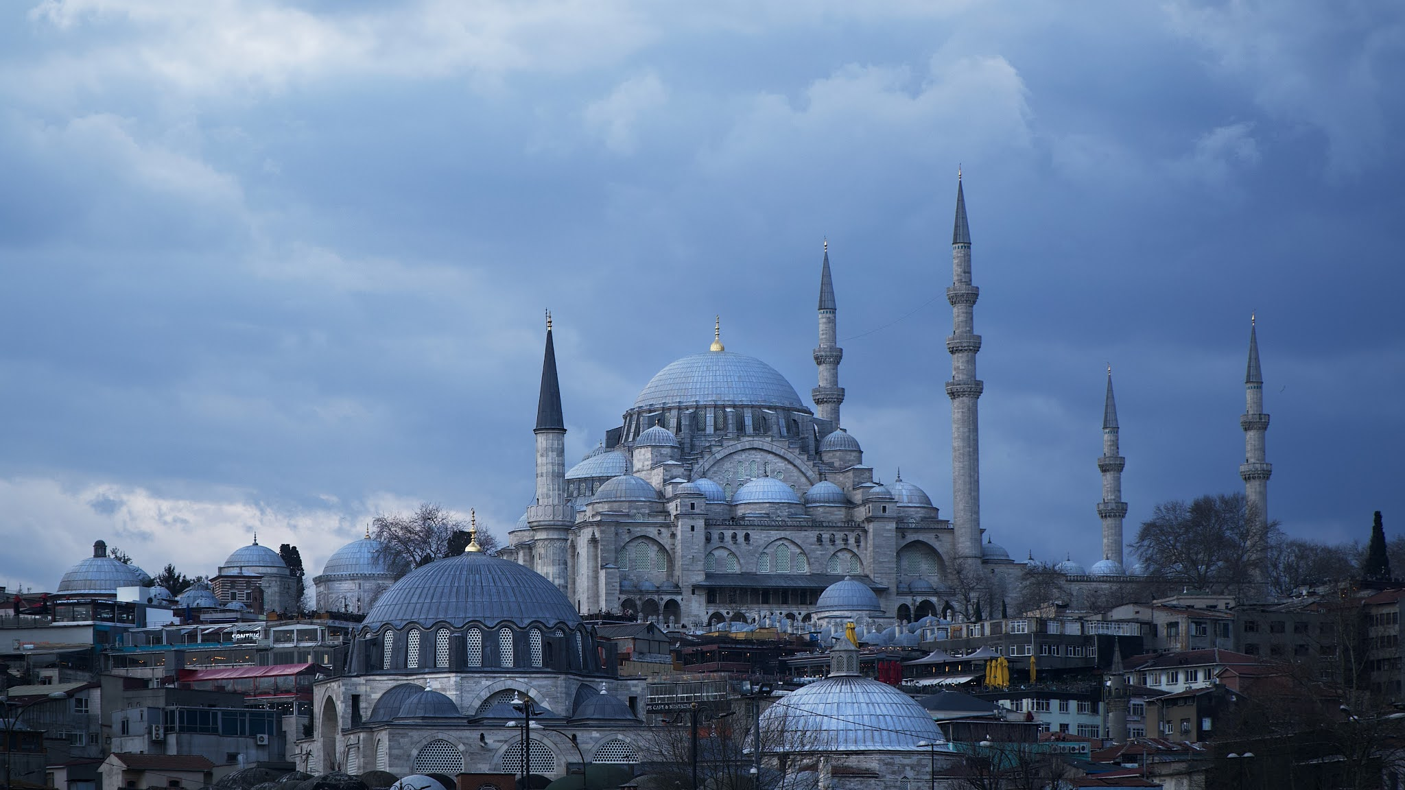কনস্ট্যান্টিনোপল | ইসলামবুল বা ইস্তাম্বুল | হযরত আবু আইয়ুব আল আনসারি (রাঃ)
