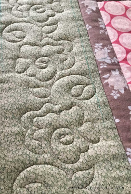 Allietare Mystery Quilt by Catherine, quilted by Frances Meredith