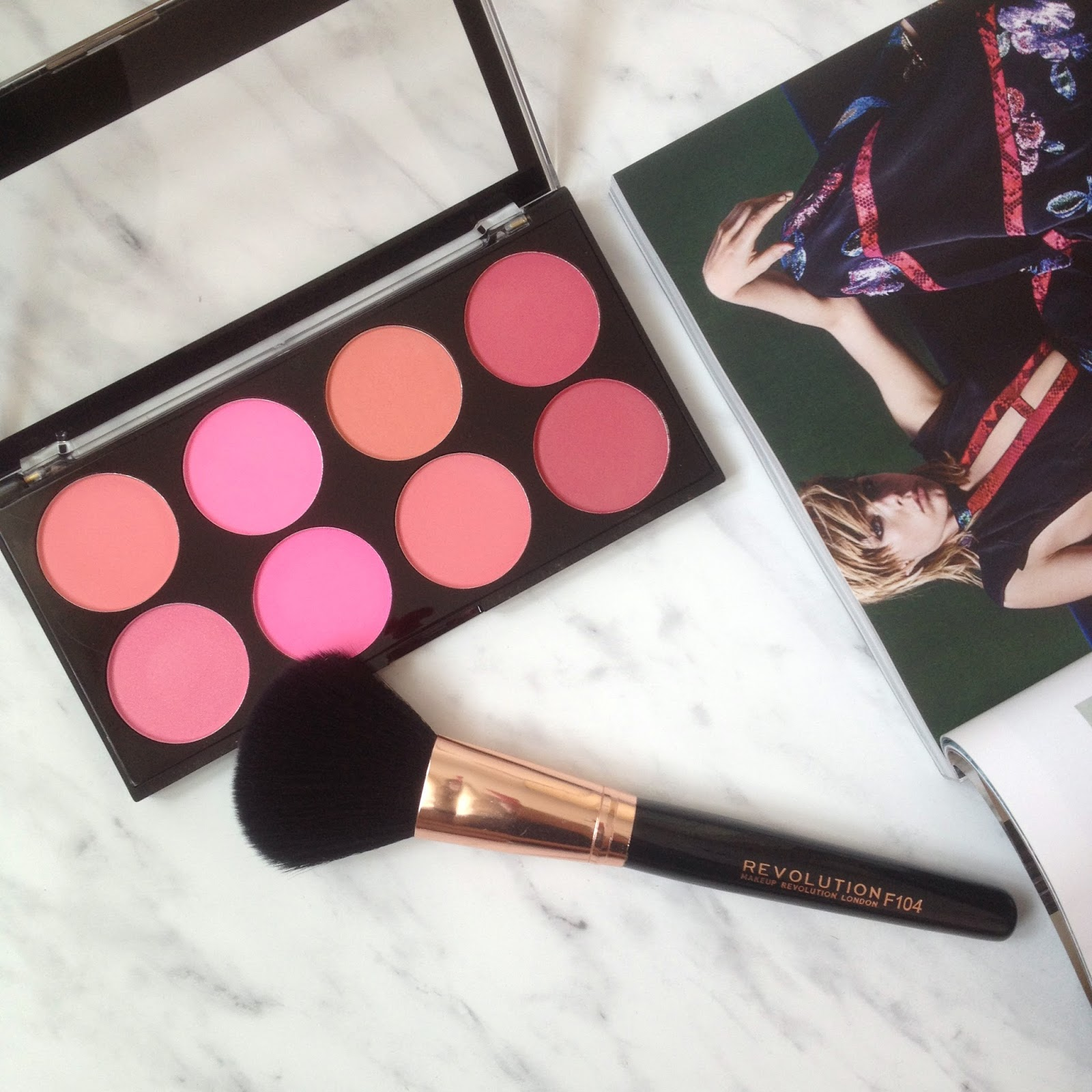 roze make up revolution