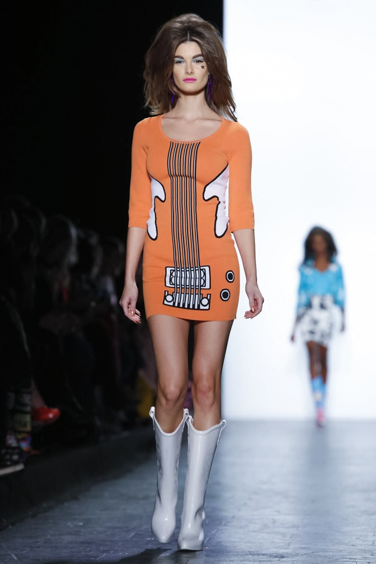 Jeremy-Scott-fall-winter-2016-2017-collection-New-York-Fashion-Week, Jeremy-Scott-fall-winter-2016-2017, Jeremy-Scott-FW-2017, du-dessin-aux-podiums, dudessinauxpodiums