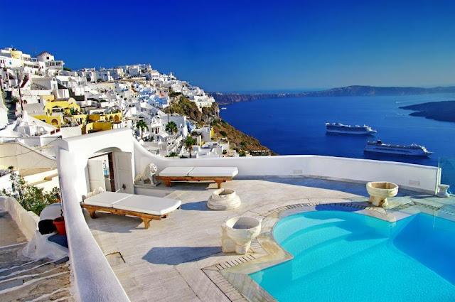 Deutsche Welle: Φρενίτιδα για αγορά εξοχικών στην Ελλάδα από τους Ευρωπαίους