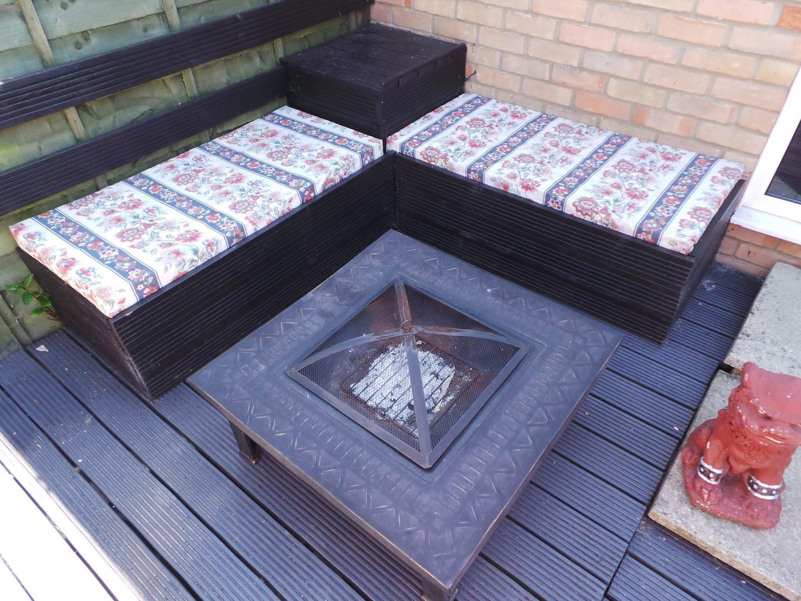DIY Tutorial: How to Make an Outdoor Garden Pallet Corner ...