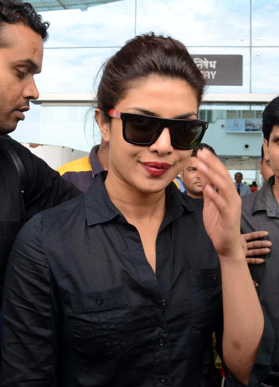 b9e61a765c Priyanka Chopra wraps up  Baywatch  shoot