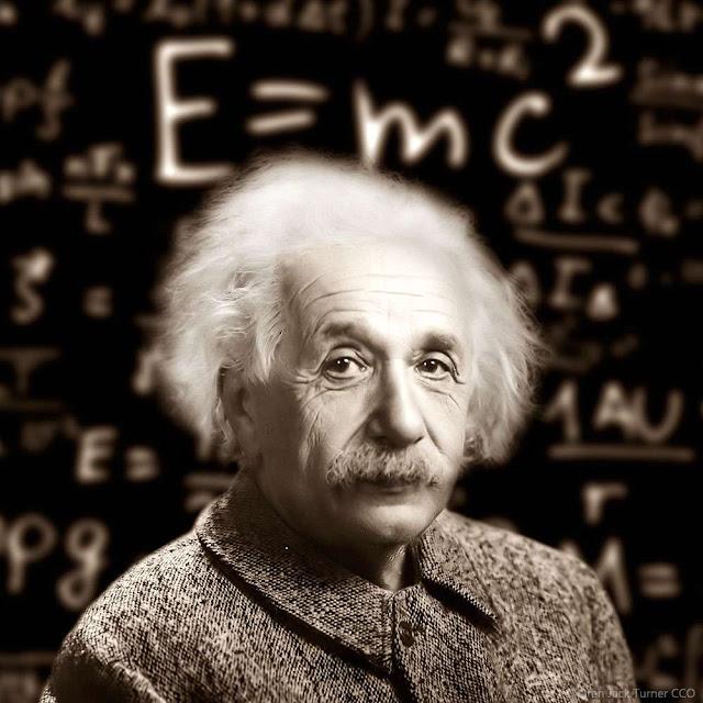 أينشتاين والنسبية