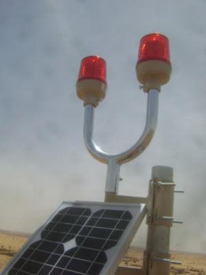 wetra led solar powered aircraft warning lights
