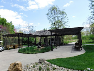 Extensive pergola and crane sculpture in Lauritzen Gardens