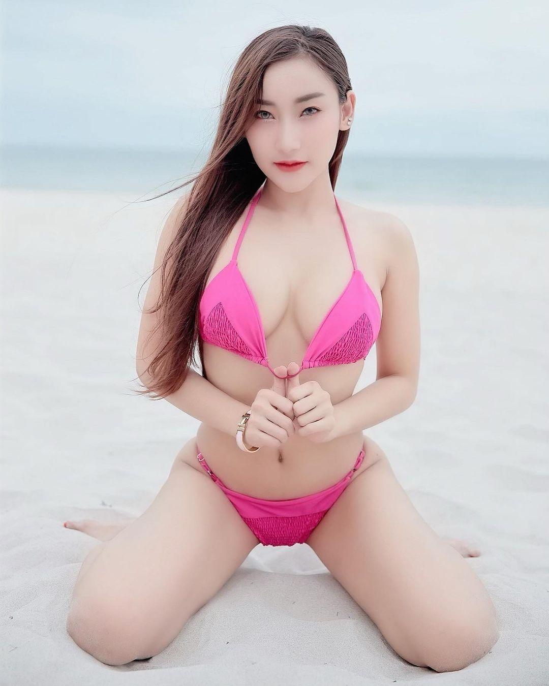 Thailand Beautyful Girl Pic No.302 || Tidaporn Sangiamfak