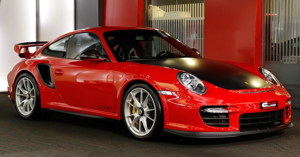 can 39 t wait for the new porsche 911 gt2 rs buy a used 997. Black Bedroom Furniture Sets. Home Design Ideas