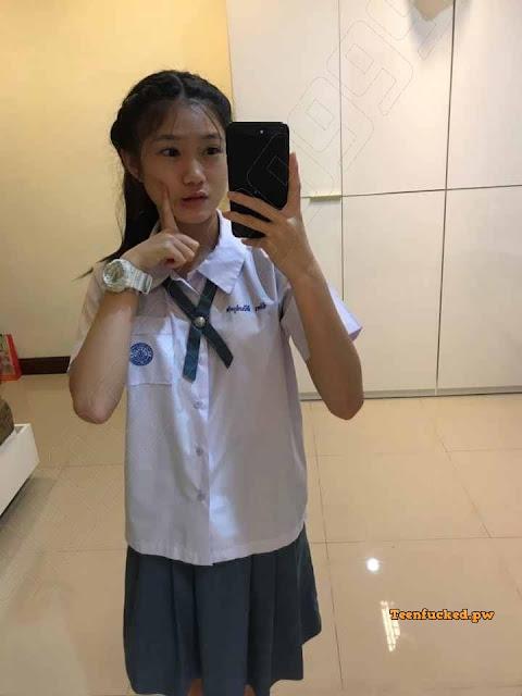 rJt3KpBuPzo wm - Thai schools girl selfie sexy hottes 2020