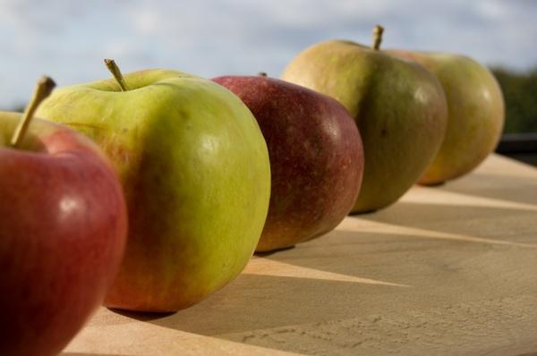 طريقة عمل شراب التفاح