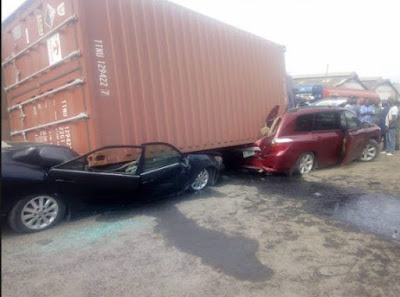 Fallen Container Destroys Several Cars In Lagos (Photos)