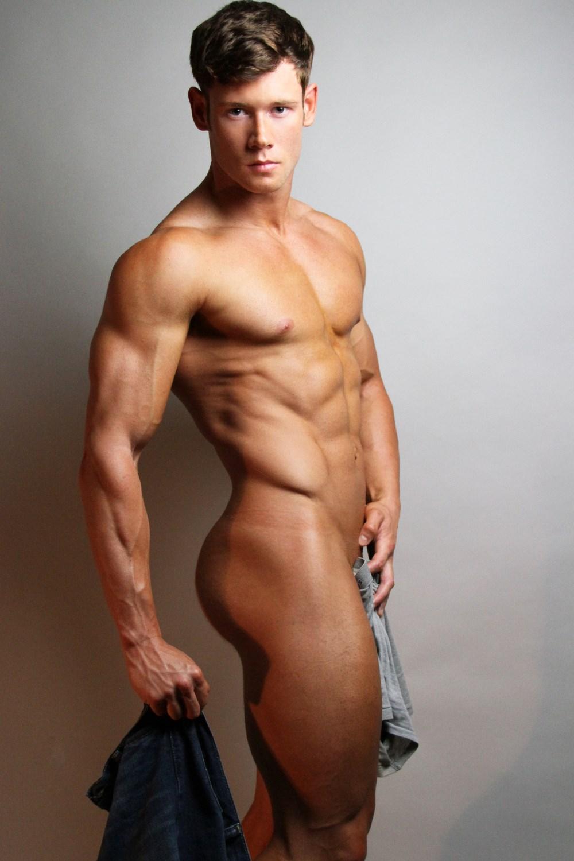 gorgeous-naked-males-alien-pregnation-sex