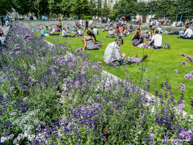 jardins da Catedral de Saint Pail, em Londres