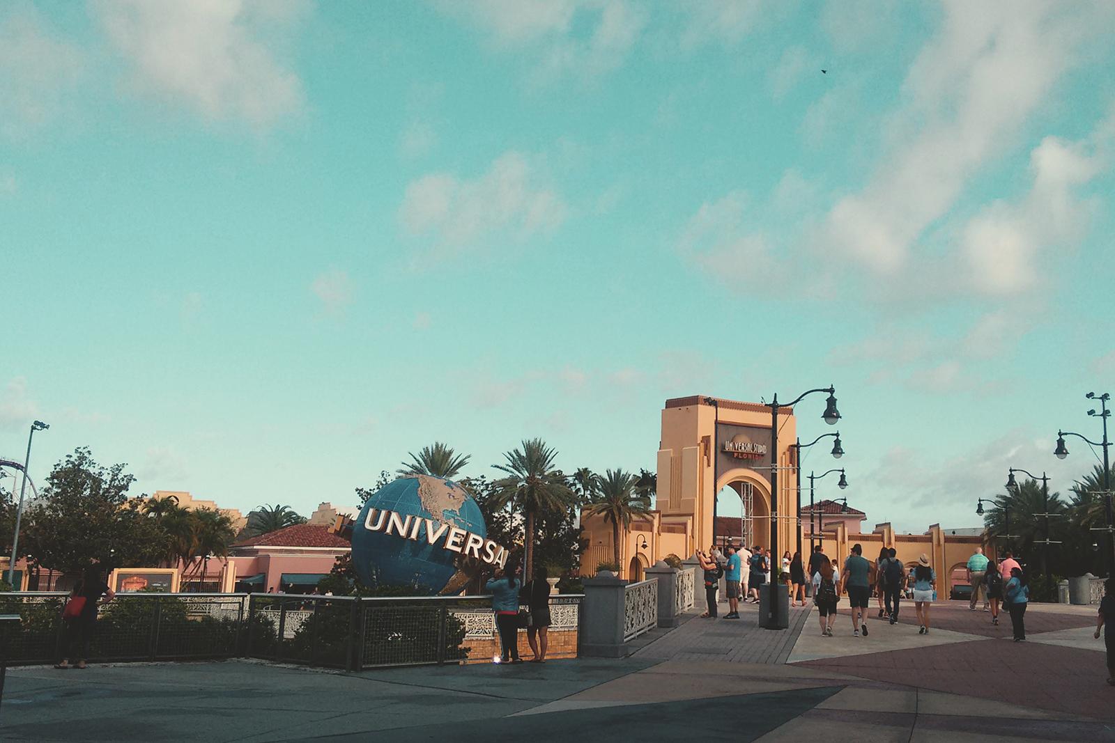 entrada-parque-universal