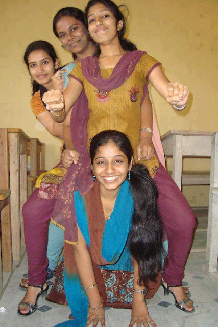Tamil College Girls Sexy Photos