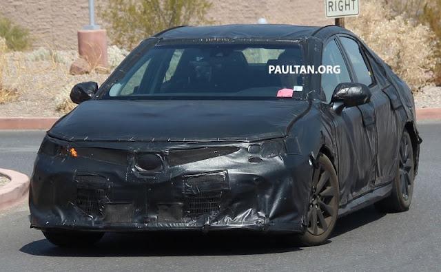 2018 Toyota Camry Spy 02 100916 4 -  - Toyota Camry 2018 bị bắt gặp trên đường thử tại Mỹ